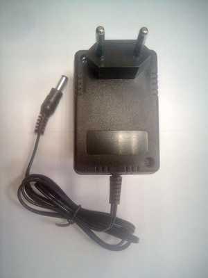 Блок питания не стабилизированный трансформаторный 18В для шуруповертов (фото, вид 1)