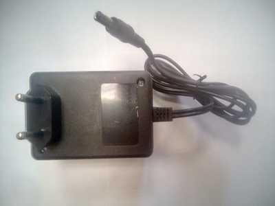Блок питания не стабилизированный трансформаторный 15В для шуруповертов (фото, вид 1)