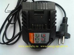 Зарядное устройство универсальное Sturm DR11